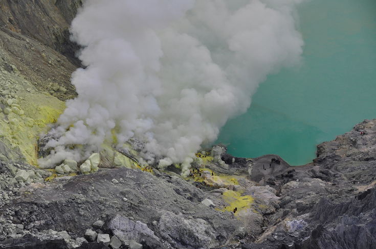 Kawah Ijen volcano and crater lake, Java, Indonesia